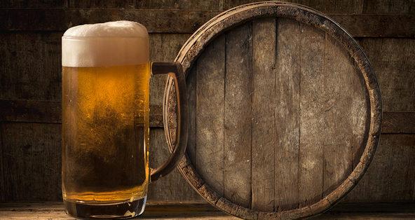 (RU) Пивовары все чаще выдерживают лагеры в дубовых бочках